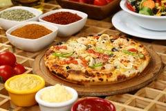 Groentenpizza royalty-vrije stock afbeelding