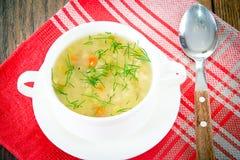groentesoep in een witte plaat Royalty-vrije Stock Fotografie