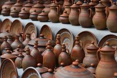 Groep aardewerk dishware stock foto's