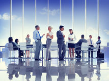 Groep Bedrijfsmensen die Concepten ontmoeten Stock Fotografie