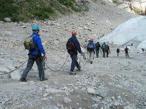 Groep berg-klimmers royalty-vrije stock fotografie