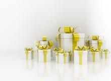Groep de gouden dozen van de lintgift Stock Foto's