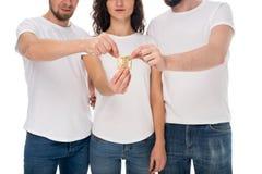 Groep die mensen condoom houden royalty-vrije stock foto's
