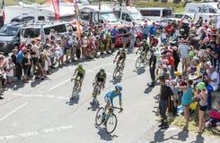 Groep Fietsers op Col. du Glandon - Ronde van Frankrijk 2015 stock foto's