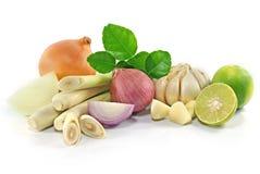 Groep groente op wit wordt ge?soleerd dat royalty-vrije stock afbeeldingen