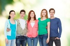 Groep het glimlachen studenten status Stock Foto