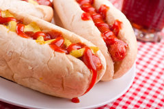 Groep hotdogs en drank Royalty-vrije Stock Afbeelding