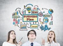Groep jongeren, businessplan Royalty-vrije Stock Afbeelding