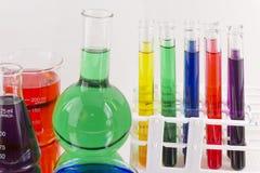 Groep laboratoriumglaswerk royalty-vrije stock foto's