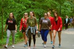 Groep meisjes in sportkleding Ole Miss royalty-vrije stock foto's