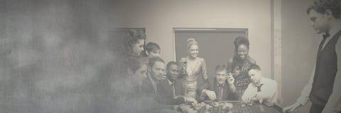 Groep mensen in casino royalty-vrije stock fotografie