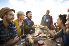 Groep Mensen het Dineren Samenhorigheidsconcept stock foto's