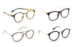 Groep moderne modieuze die bril op witte backgro wordt geïsoleerd stock afbeeldingen