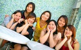 Groep Mooi Aziatisch Meisje Openlucht Stock Foto