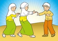 Groep moslimmeisjes en jongen Royalty-vrije Stock Foto's