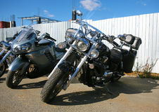 Groep motorfietsen op parkeren Royalty-vrije Stock Afbeeldingen