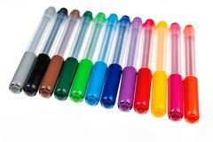 Groep multicolored pennen op een rij stock foto