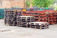 Groep paletten Stock Foto's