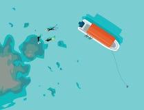 Groep snorkelen die bij duidelijke baai zwemmen Stock Foto's