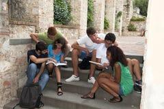 Groep studenten stock afbeelding