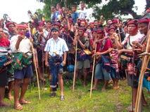 Groep Sumbanese-Mensen tijdens het Pasola-Festival Stock Foto's