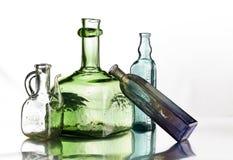 Groep uitstekende flessen Royalty-vrije Stock Afbeeldingen