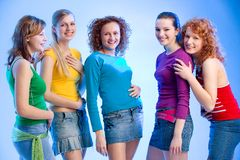 Groep van vijf meisjes Stock Foto's