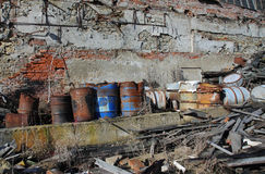 Groep vaten met giftig afval Stock Afbeelding