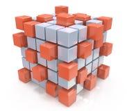 Groepswerk bedrijfsconcept - kubus die van blokken assembleren Royalty-vrije Stock Afbeeldingen