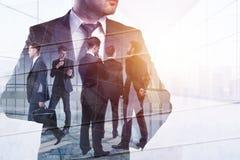 Groepswerk, vergaderings en het werkconcept stock fotografie