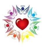 Groepswerkengelen rond hart Stock Afbeeldingen