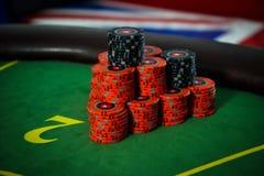 Großer Gewinn im Poker auf dem Hintergrund Stockfotos