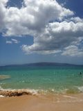 Großer Strand, perfekter Tag Stockfoto