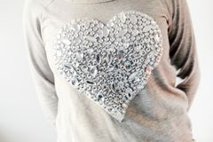 Großes, glänzendes Herz Stockfotografie