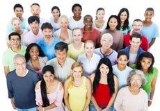 Großes Gruppen-Leute-Gemeinschaftskommunikations-Konzept Lizenzfreie Stockfotografie