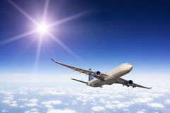 Großes Passagierflugzeug Lizenzfreies Stockfoto