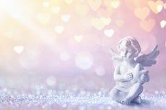 Groetkaart met Cupido op Glanzende Achtergrond Stock Fotografie