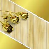 Groetkaart met gouden rozen op houten achtergrond Royalty-vrije Stock Foto