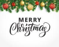 Groetkaart met sparrenslinger, ornamenten en Vrolijke Kerstmis Royalty-vrije Stock Fotografie