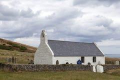 Grog Eglwys Υ εκκλησιών Mwnt στοκ εικόνα με δικαίωμα ελεύθερης χρήσης