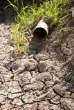 Grondaia asciutta senza acqua Immagini Stock Libere da Diritti