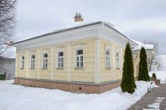 Grondgebied van de winterachtergrond van het gebied van Dmitrov het Kremlin Moskou stock fotografie