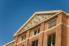 GRONINGEN, PAÍSES BAIXOS - 1º DE NOVEMBRO DE 2014: Harmoniegebouw dourado Fotos de Stock