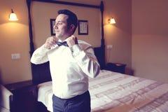Groom preparing fot the wedding Royalty Free Stock Images