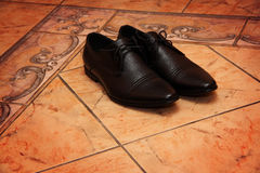 Grooms shoes Royalty Free Stock Photos