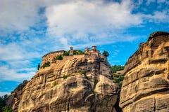 Groot die Meteora-Klooster, in de 1300s-ADVERTENTIE wordt opgericht,  Stock Foto