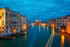 Groot kanaal bij nacht in Venetië, Italië Royalty-vrije Stock Afbeeldingen