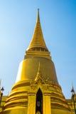 Groot Paleis Bangkok Gouden stupa en godsdienstige tempels THAILLAND Royalty-vrije Stock Afbeelding