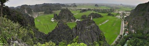 Groot panoramisch beeld met Tam Coc National Park Stock Fotografie