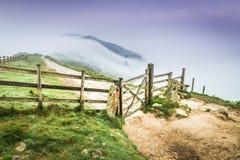 Groot Ridge Fence in het Piekdistrict, Engeland Stock Afbeelding